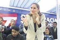 """Anel Townsend presenta el partido político """"democracia y transparencia"""""""